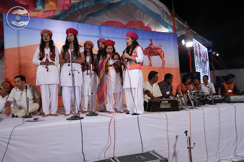 Devotional song by devotees from Barmer