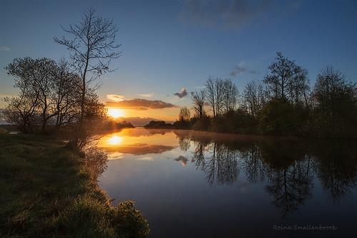 water sunrise groningen drenthe zonsopkomst leekstermeergebied groningerwesterkwartier lakeleek reinasmallenbroek leeksterhooddiep