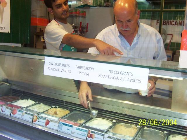 Gelateria Pagliotta, Im e Egidio Pagliotta alla gelateria