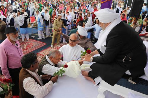 Welcome by Members of Gandhi Global Family