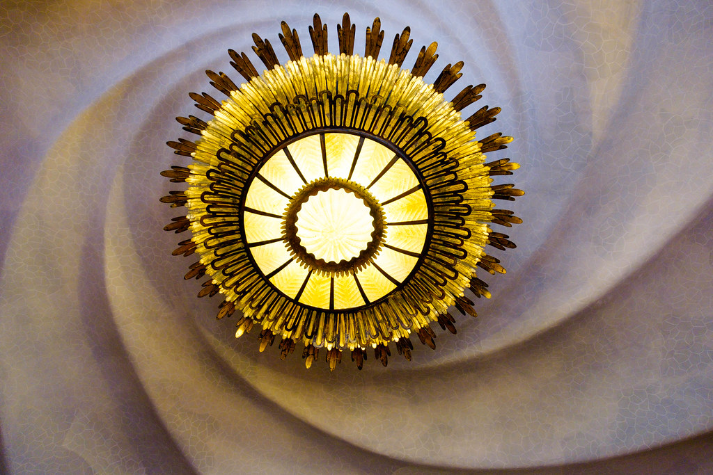 Ceiling light, Casa Battlo