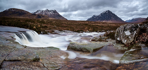 mountains landscape scotland waterfall highlands fuji glencoe wilderness moor fujinon f4 buachaille etive rannochmoor rannoch scottishhighlands buachailleetivebeag beag highlandsandislands xe1 buachailleetivemòr mòr fujixe1 xf1024mm fujinonxf1024mmf4