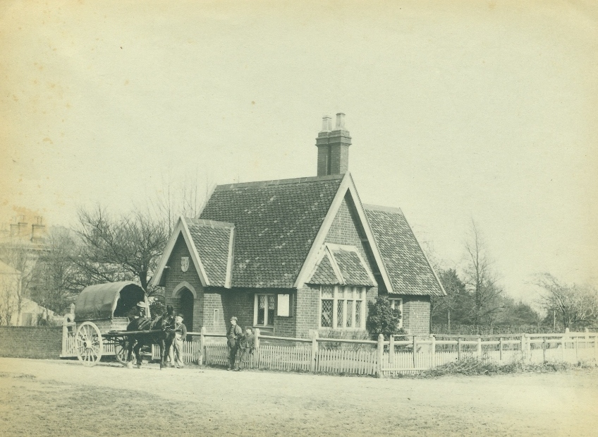 Gate House, Westwood Road, Beverley c.1900 (archive ref PH-4-6)