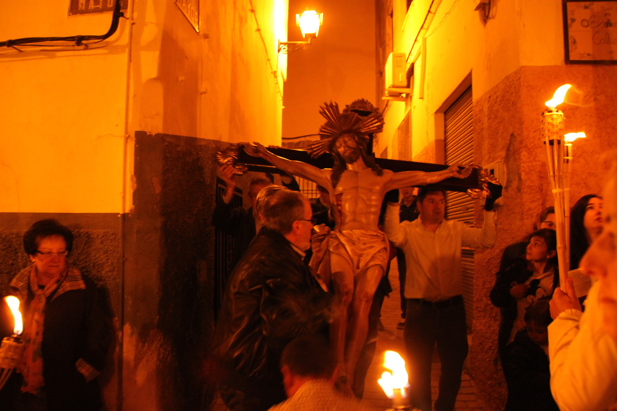 (2014-04-01) -  V Vía Crucis nocturno - Javier Romero Ripoll (39)