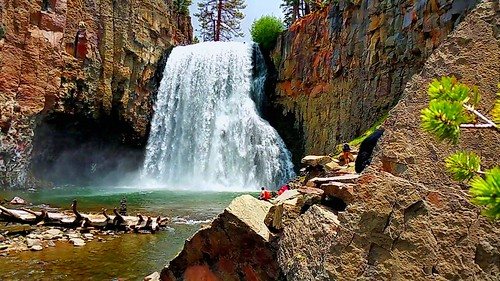 california water rock river waterfall rainbow rocks stream mammothlakes sierranevada rainbowfalls sanjoaquinriver inyonationalforest maderacounty waterpictorial rhyodacite 101footdrop joelach