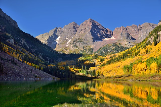 Early Morning Sunshine at Maroon Bells