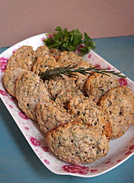 Herb Oat Scones -edit