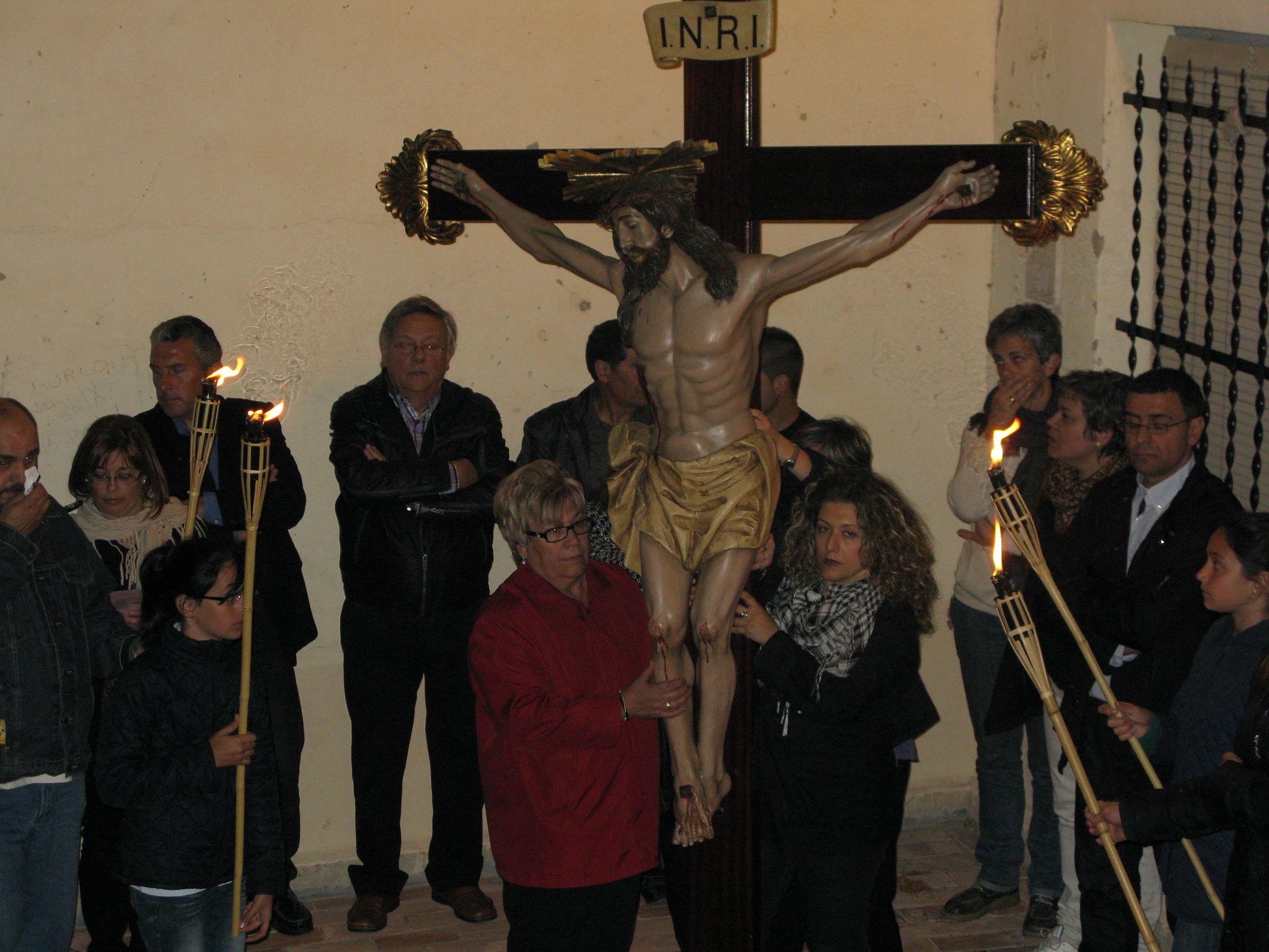 (2011-04-15) - II Vía Crucis nocturno -  Antonio Verdú Navarro (40)
