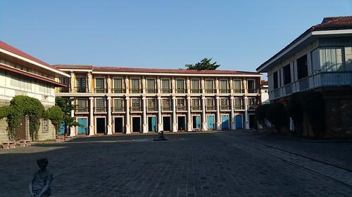 Dambana ng Kagitingan + Las Casas   by blissery
