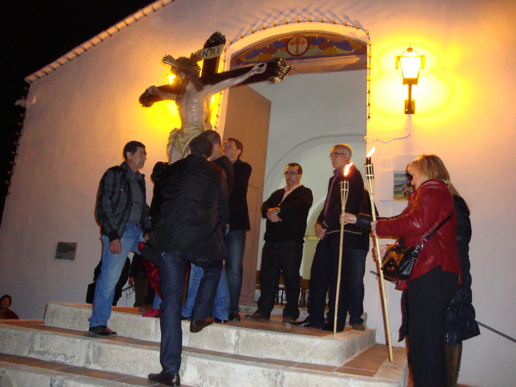 (2011-04-15) - II Vía Crucis nocturno - Javier Montesinos Villaplana -  (01)