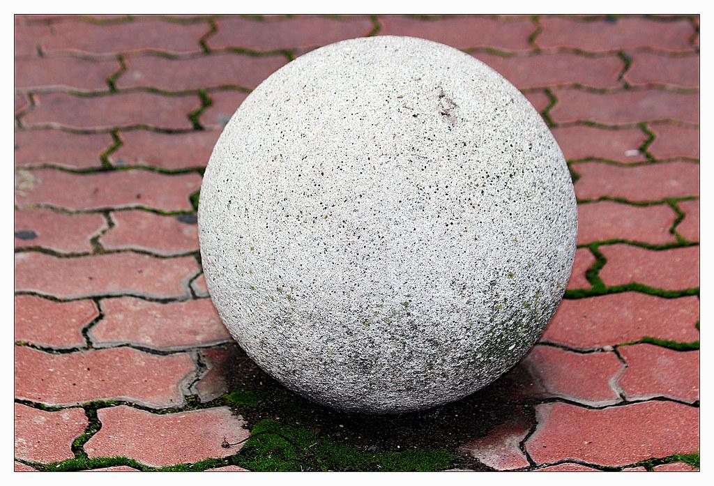 la bola de piedra