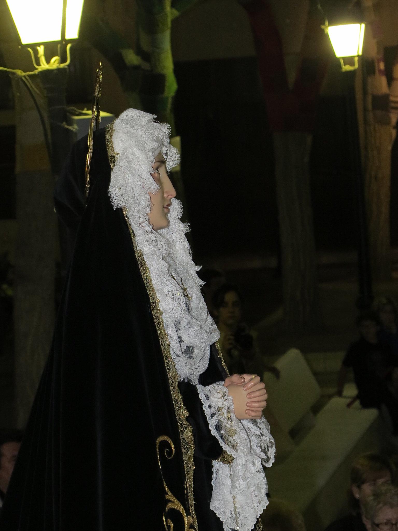 (2014-04-01) - V Vía Crucis nocturno - Antonio José Verdú Navarro (38)