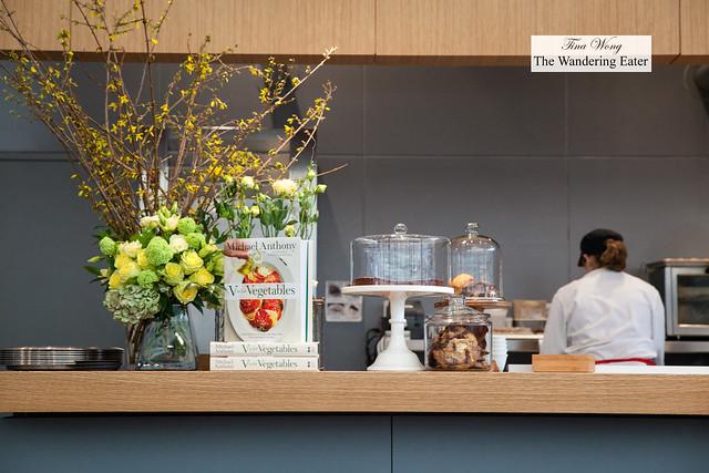 Open kitchen, desserts
