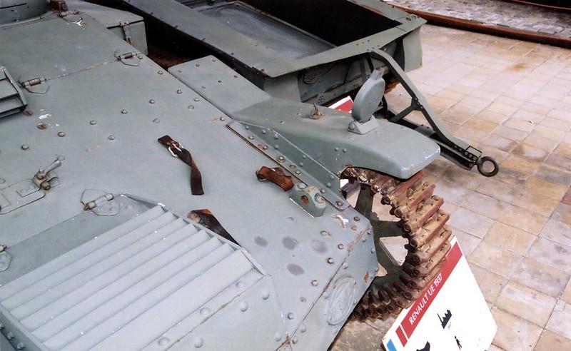 ルノー UE Tankette3