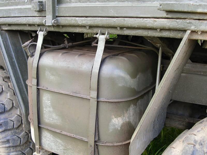 Tatra 813 Kolos 4