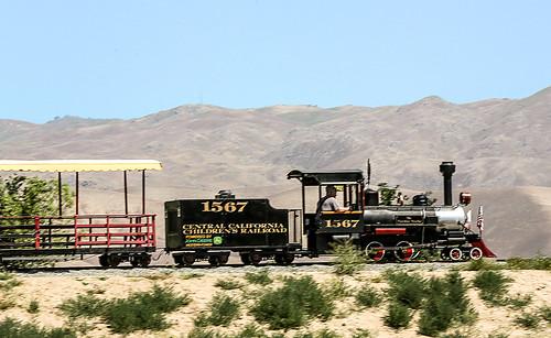 california cars kids train engine calm np bakersfield californialivingmuseum wyojones