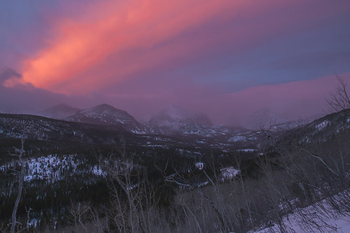 morning snow mountains sunrise colorado wind rockymountains rockymountainnationalpark continentaldivide glaciergorge wondersofnature groundblizzard halfmountain earthnaturelife