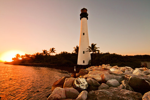 light sunset house golden evening florida miami hour cape capefloridalighthouse keybiscyane