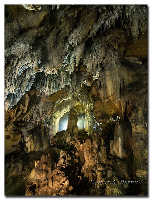 Cueva de la Monja, Parque natural de la sierra Mariola en Bocairent