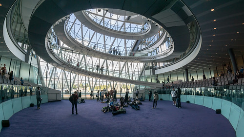 City Hall, London, Council Chamber | by User:Colin