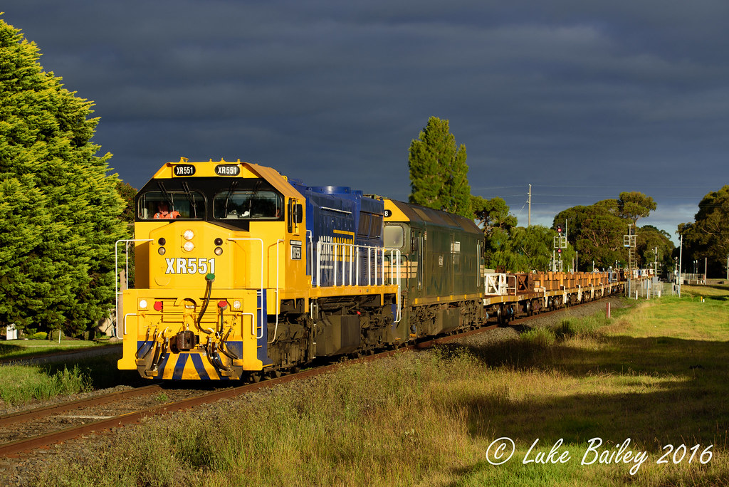 XR551-G528 with #9558 up Long Island goods near Clarendon St, Frankston. by Luke's Rail Gallery