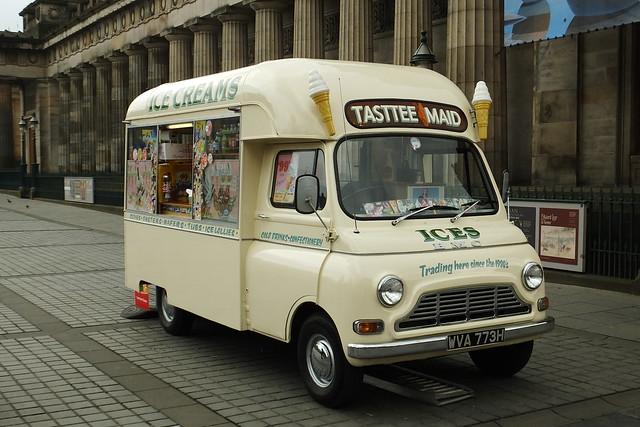 BMC Ices Creams Edinburgh Scotland 13-04-14a