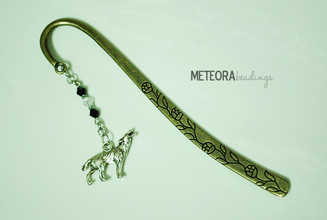 Bookmark - black and clear beads, with silver chain and wolf charm