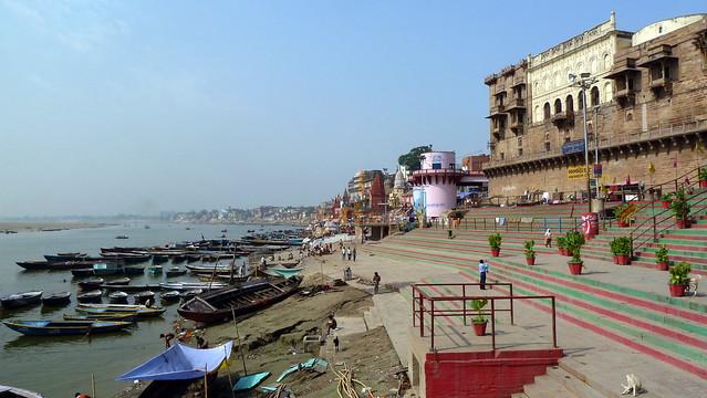India - Uttar Pradesh - Varanasi - Riverlife - 742