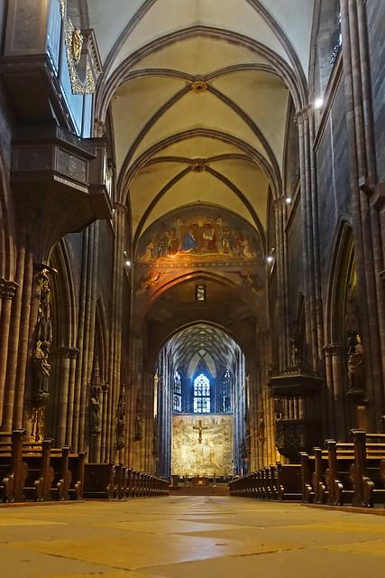 Kirchenschiff Freiburger Münster