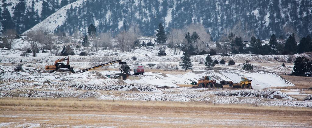 sapphire mining on El Dorado Bar 03 - Hauser Lake Montana