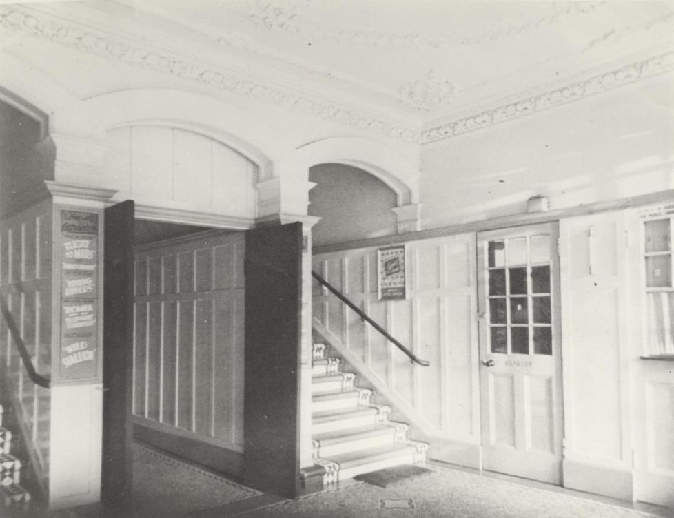Interior of the Marble Arch cinema at Beverley 1930s (archive ref DDX1329-8-1)