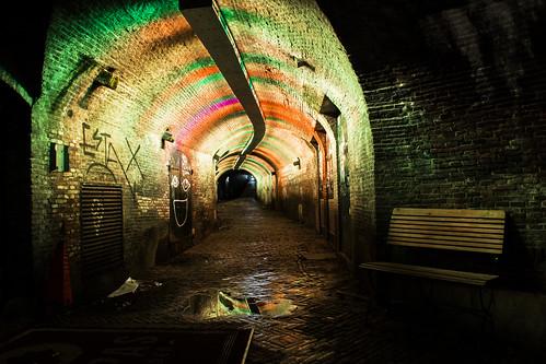 holland water amsterdam yellow night river bench graffiti nikon europa europe utrecht thenetherlands tunnel walkway オランダ oudegracht vecht 夜 ヨーロッパ d3300 estax