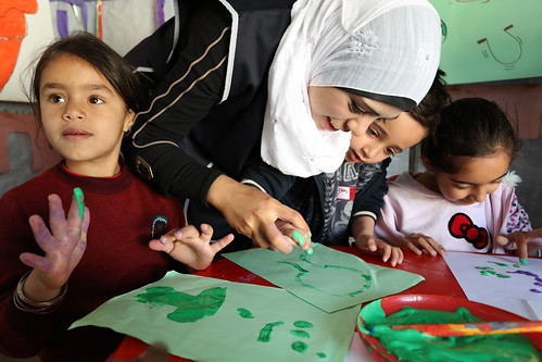 Syrian refugee children learn to finger pain | by World Bank Photo Collection