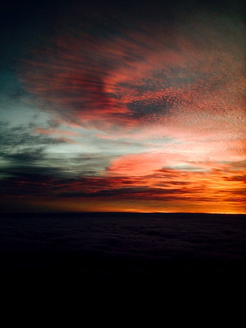 Sunrise by the plane, travelling to London!