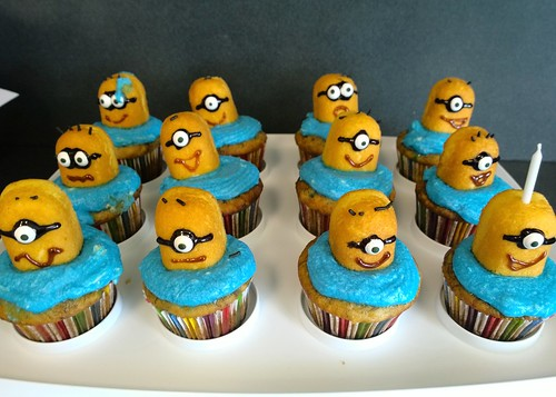 Minion cupcakes | by Ruth and Dave