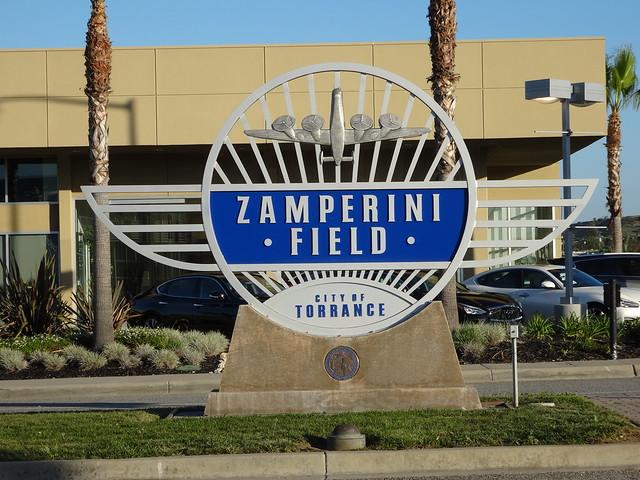 Zamperini Field, and the gazillion of planes flying over the office...ik ga dat zeker niet missen!