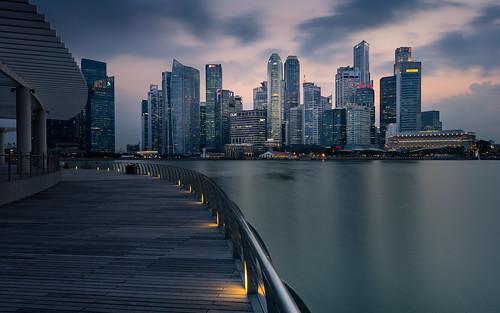 sunset water architecture lights singapore cityscape outdoor sg singapur marinabay longtimeexposure