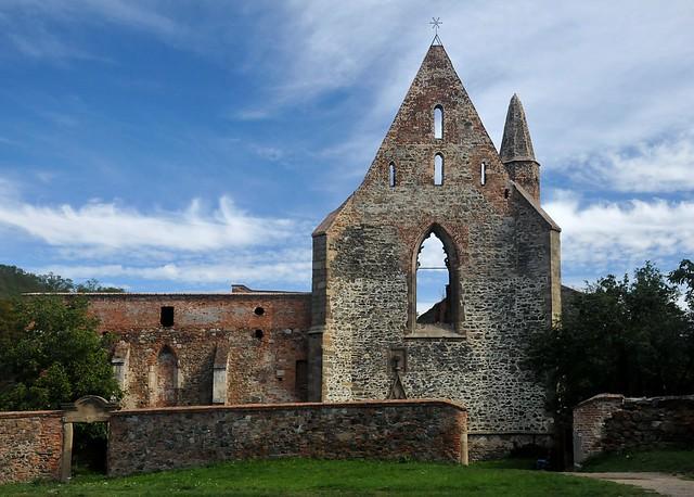 Dolní Kounice - klášter Rosa Coeli
