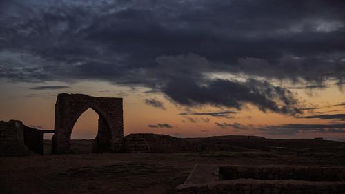 sunset cloud sun 3 castle set sunrise canon eos islands arch iii ruin jersey 5d channel mk mkiii mk3 2470mm canon2470mm28 canon2470mm grosnez canon5dmkiii canon2470mm28ii
