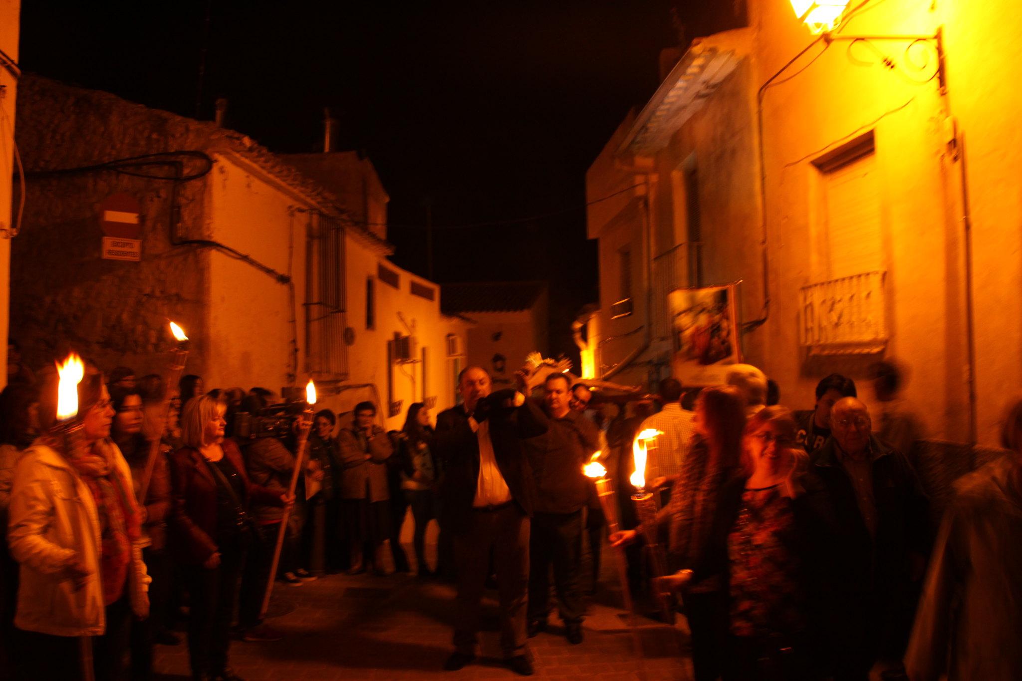 (2014-04-01) -  V Vía Crucis nocturno - Javier Romero Ripoll (22)