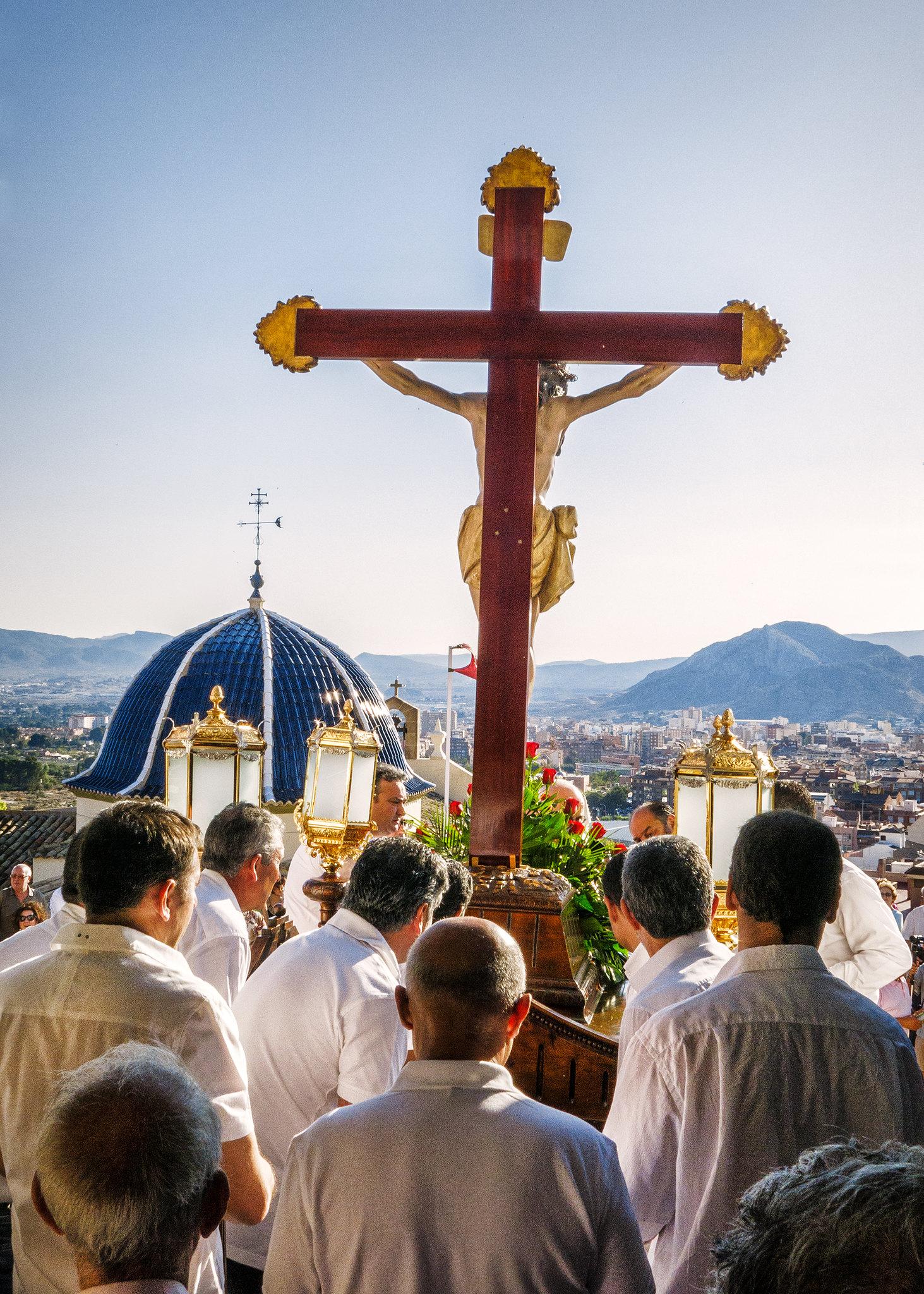 (2014-06-27) - Bajada Vía Crucis - Luis Poveda Galiano (01)