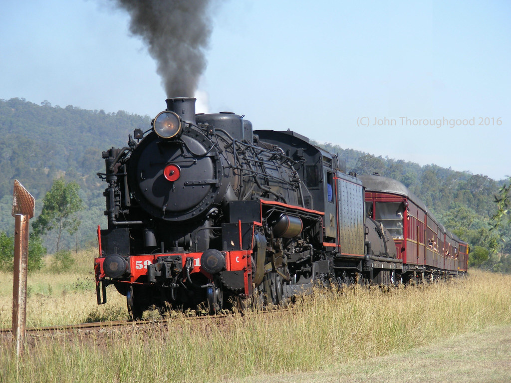 5917=6S25 blasts into Hilldale NSW 10-4-2016 by John