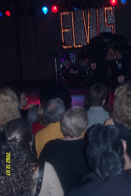 Young_Elvis_main_stage_2