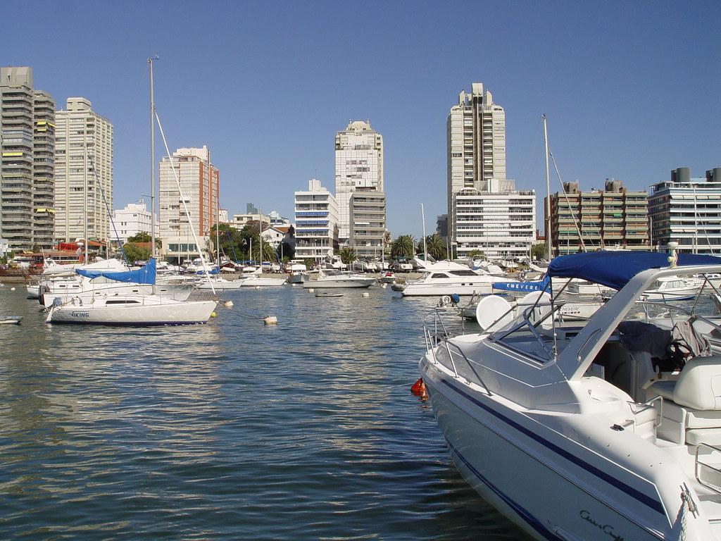 Punta del Este - Uruguay Uma viagem em fevereiro de 2007 p.