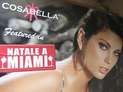 "Cosabella ""Natale a Miami"" tabloid"