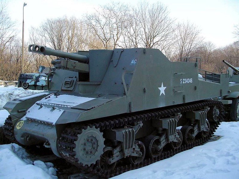 Sexton Self Propelled Gun 3