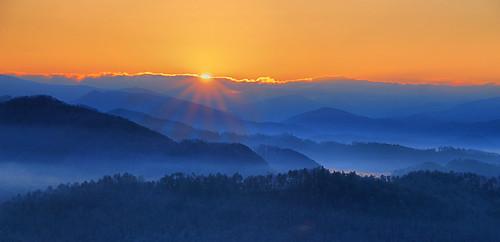 park sun mist mountains fog sunrise dawn great national smoky tenessee