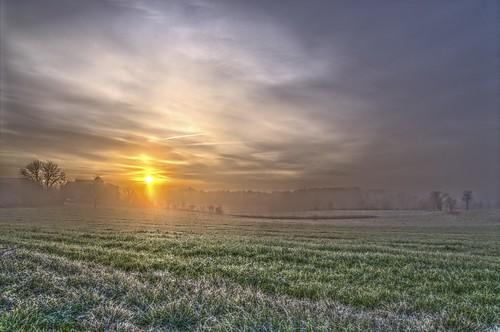trees sky white fog clouds sunrise landscape lot arbres nuages brouillard hdr brume matin aube quercy gelée pentaxk5