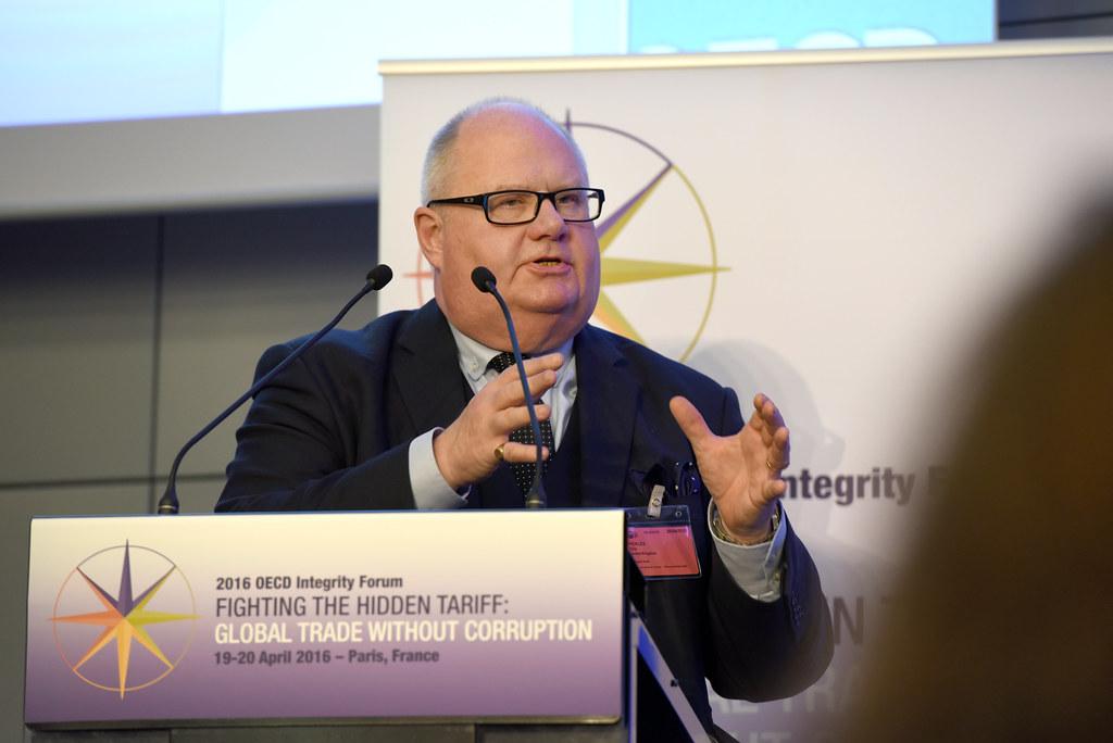 2016 OECD Integrity Forum, Fighting the Hidden Tariff: Glo ...