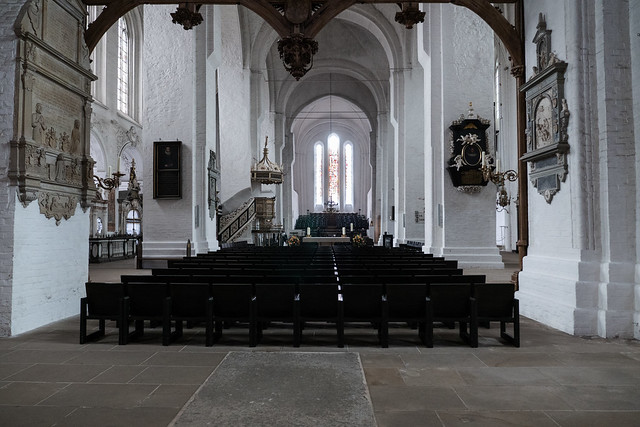 Lübeck: Blick vom Altar des Doms in das Hauptschiff - View from the altar of the Cathedral into the nave